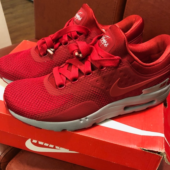 best sneakers f643f 7140f Nike Air Max Zero Premium Gym Red NWT